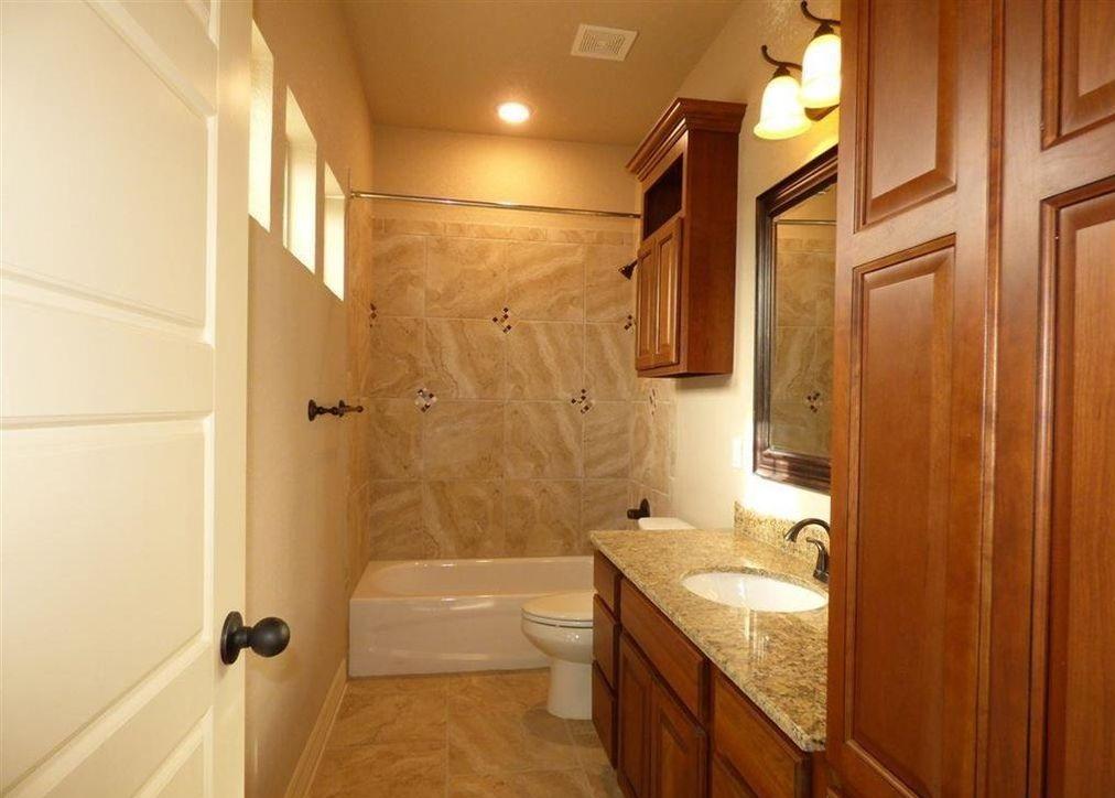 minor bathroom.jpg