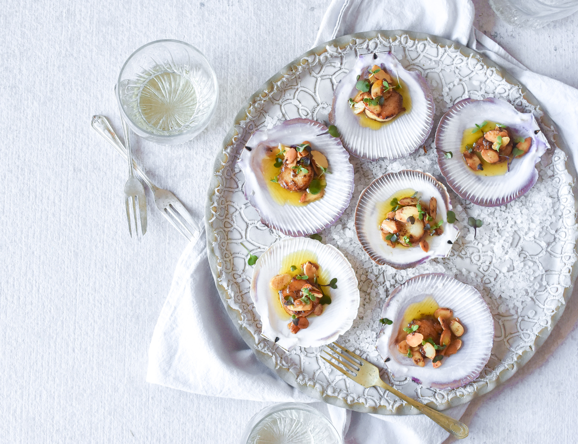 scallops-recipe-almonds-georgia-barnes