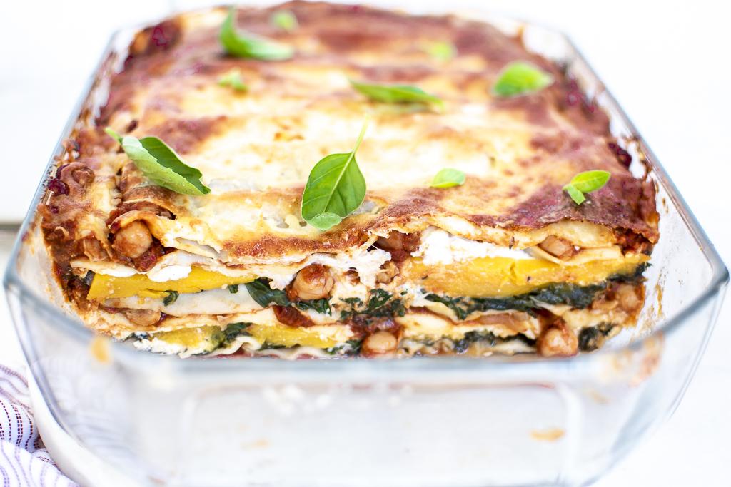 georgia-barnes-recipe-lasagne-baking