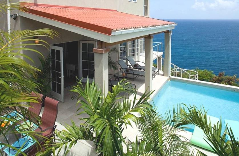Pool entrance to villa
