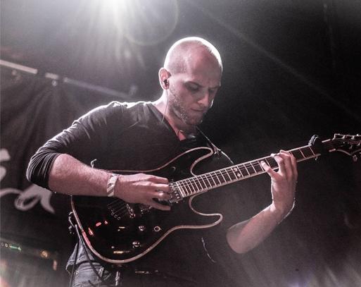 Matt Motto Guitar Triller.jpg