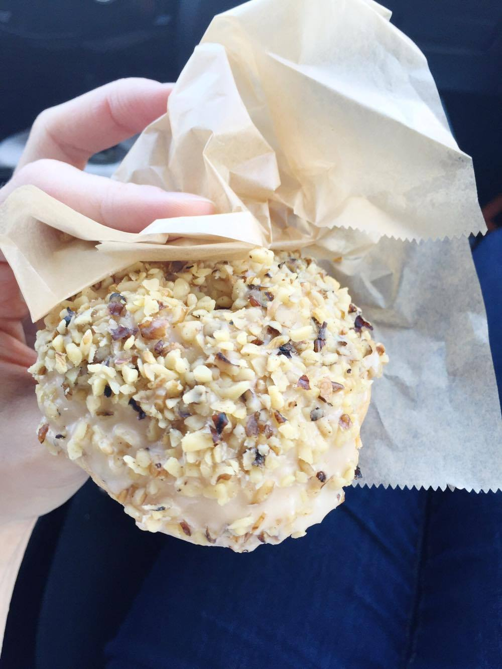 Walnut maple vegan doughnut, ooooh it was good!