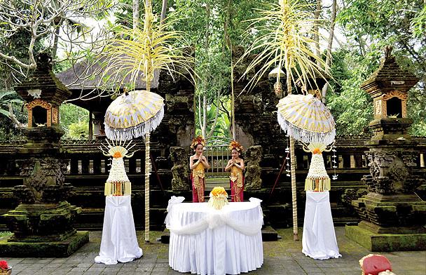 desintation-weddings-maya-ubud1.jpg