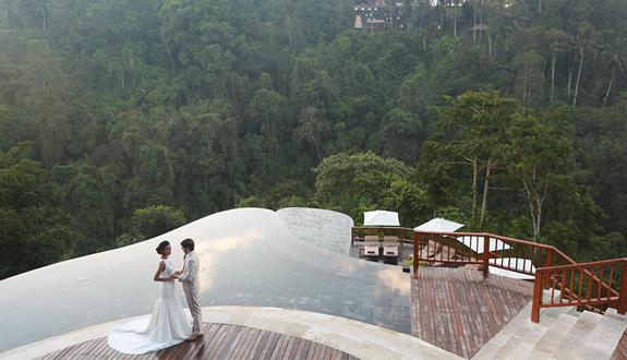 Bali-wedding-easy-Hanging-garden-ubud-01.jpg