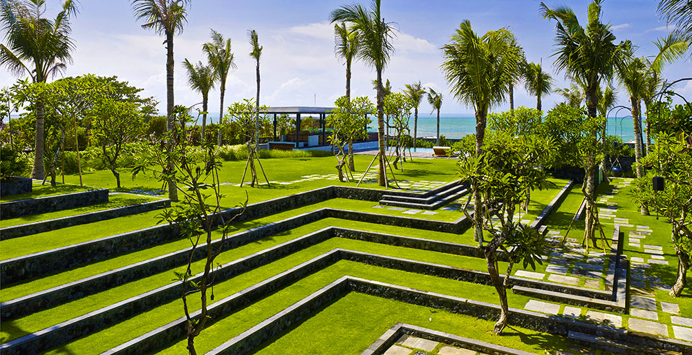 02-Arnalaya Beach House - Terraced garden.jpg