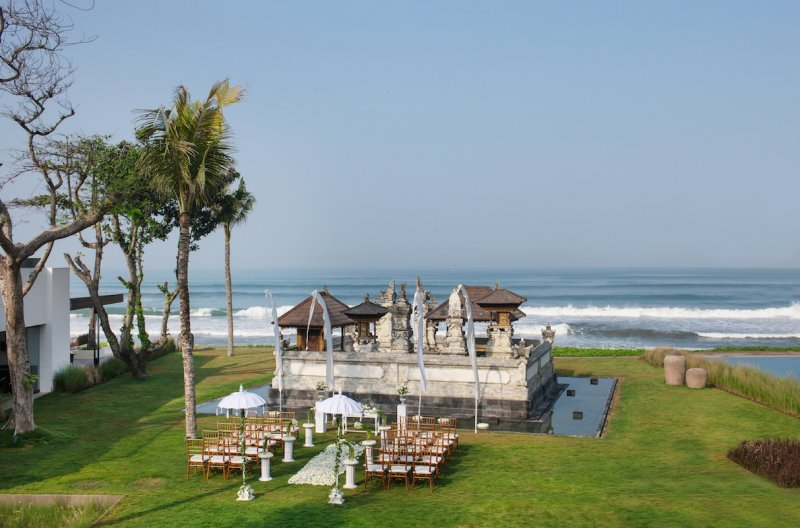 alila-seminyak-temple-wedding.jpg