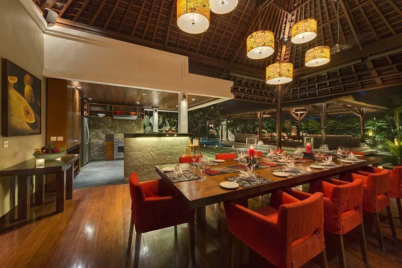 villa-asta-dining-area-at-night.jpg