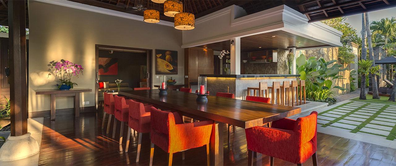 Villa-Asta-Dining-area-and-bar.jpg