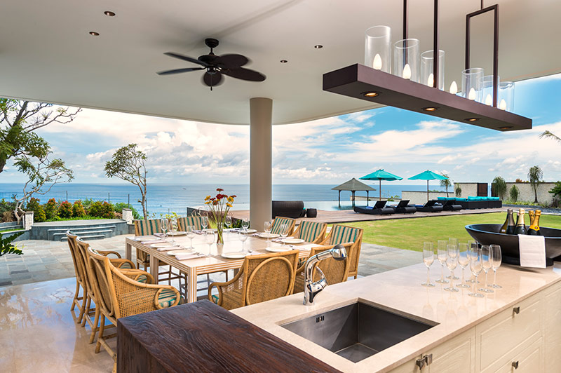 pandawa-cliff-estate-the-pala-outside-dining-and-bar-area.jpg