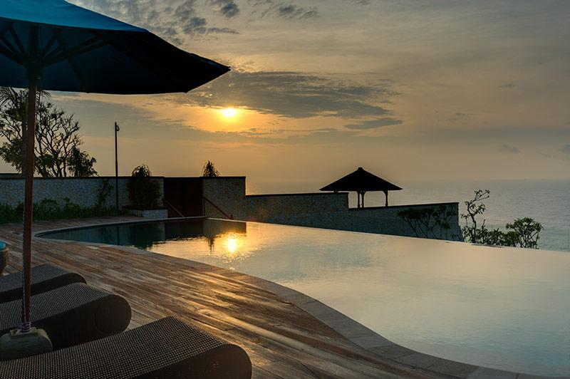 pandawa-cliff-estate-villa-rose-pool-side.jpg