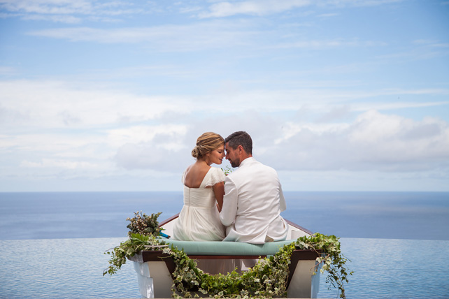 Couple-floating-on-the-water-g-.jpg