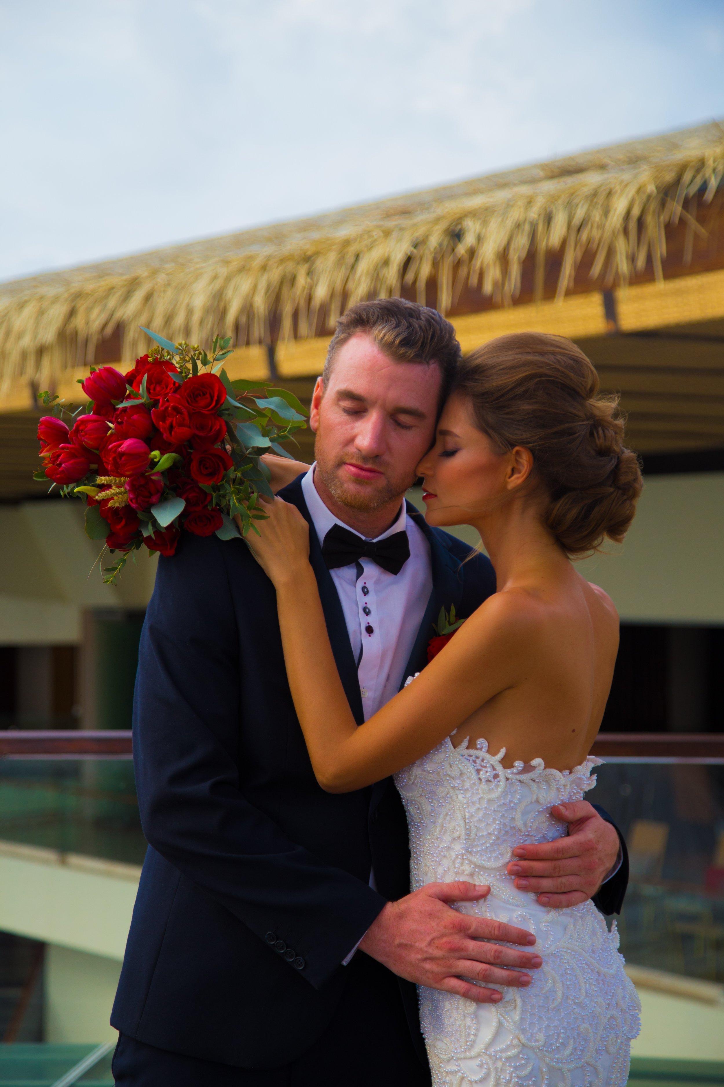 Sheraton Bali - Bene Rooftop - Romantic Couple.jpg