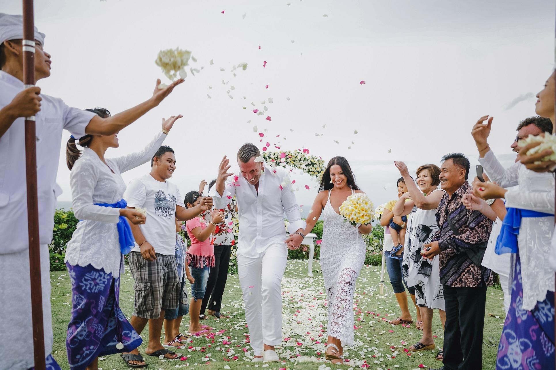 VILLA WEDDING 3.jpg
