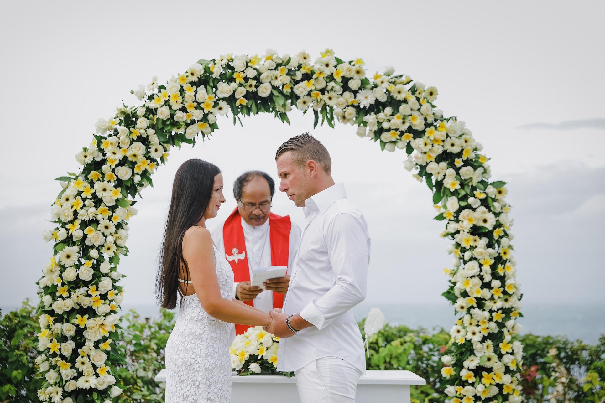 VILLA WEDDING 1.jpg
