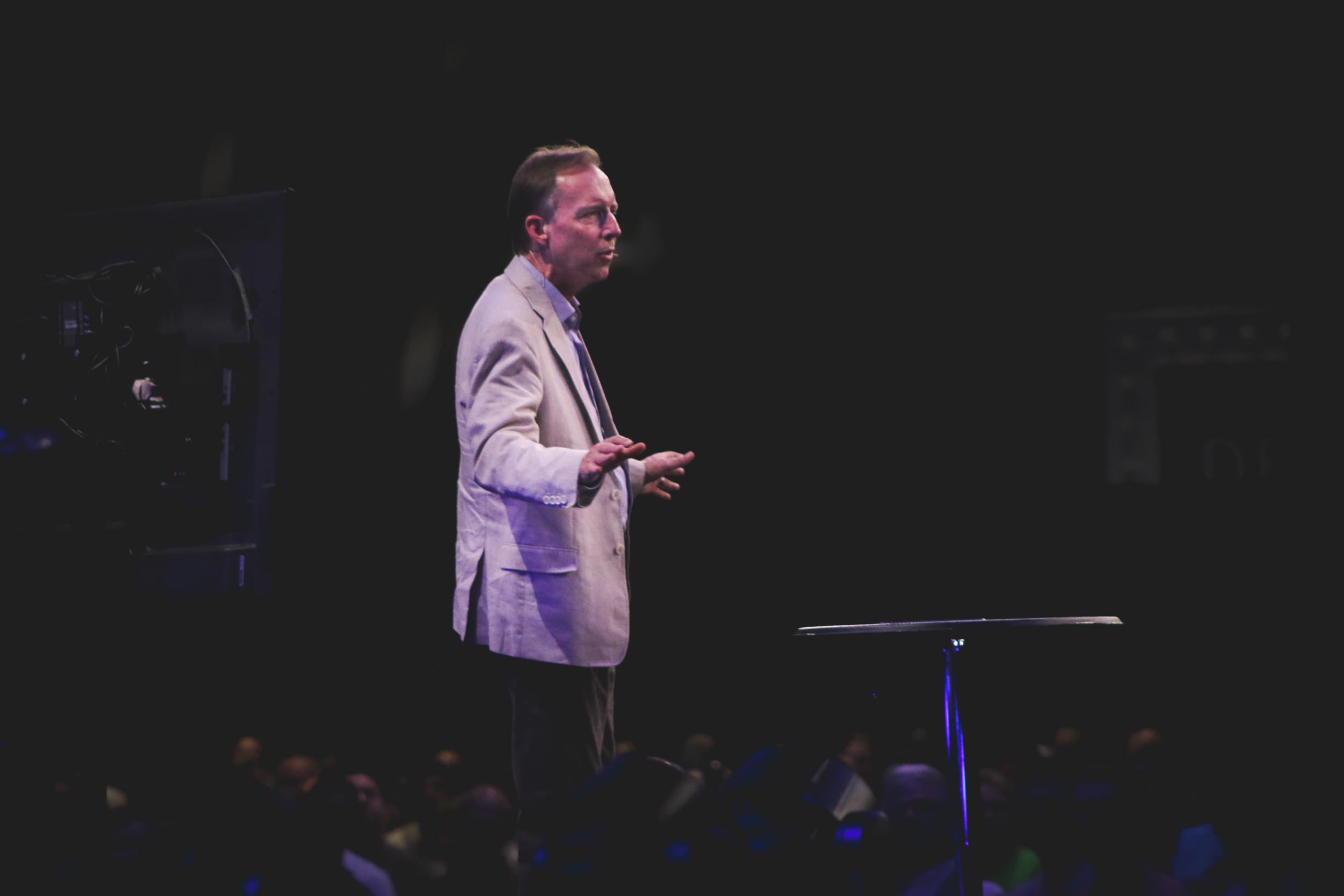 Pastor Larry Speaking (48 of 6).jpg