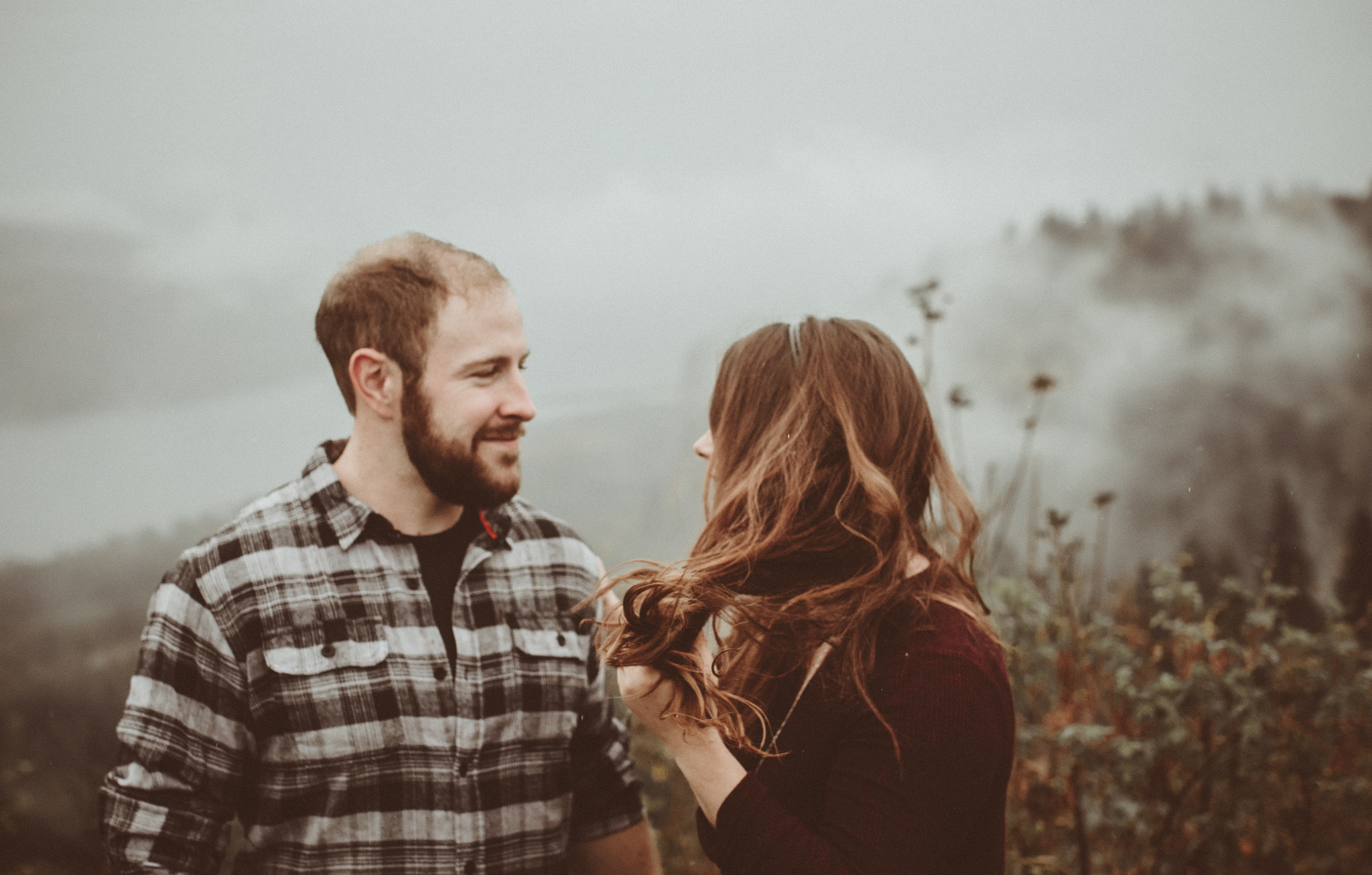 victoria columbia gorge engagement in the rain.  (10 of 125).jpg