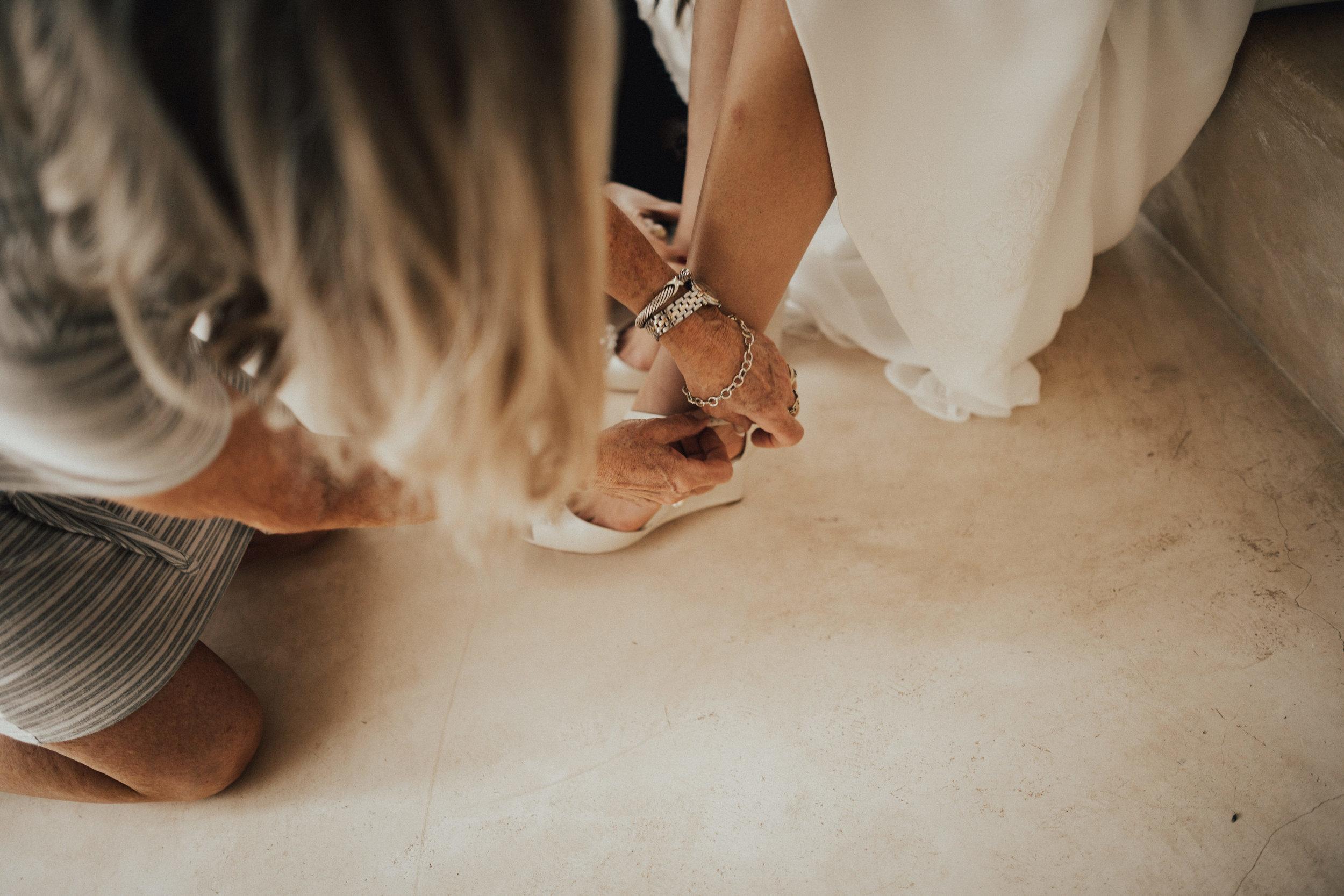 1 Getting ready Tina Kai Merida Mexico Wedding  (216 of 221).jpg