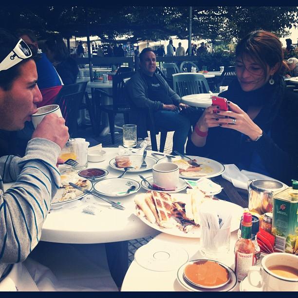 Nick and Mar enjoy a breakfast at La Biela