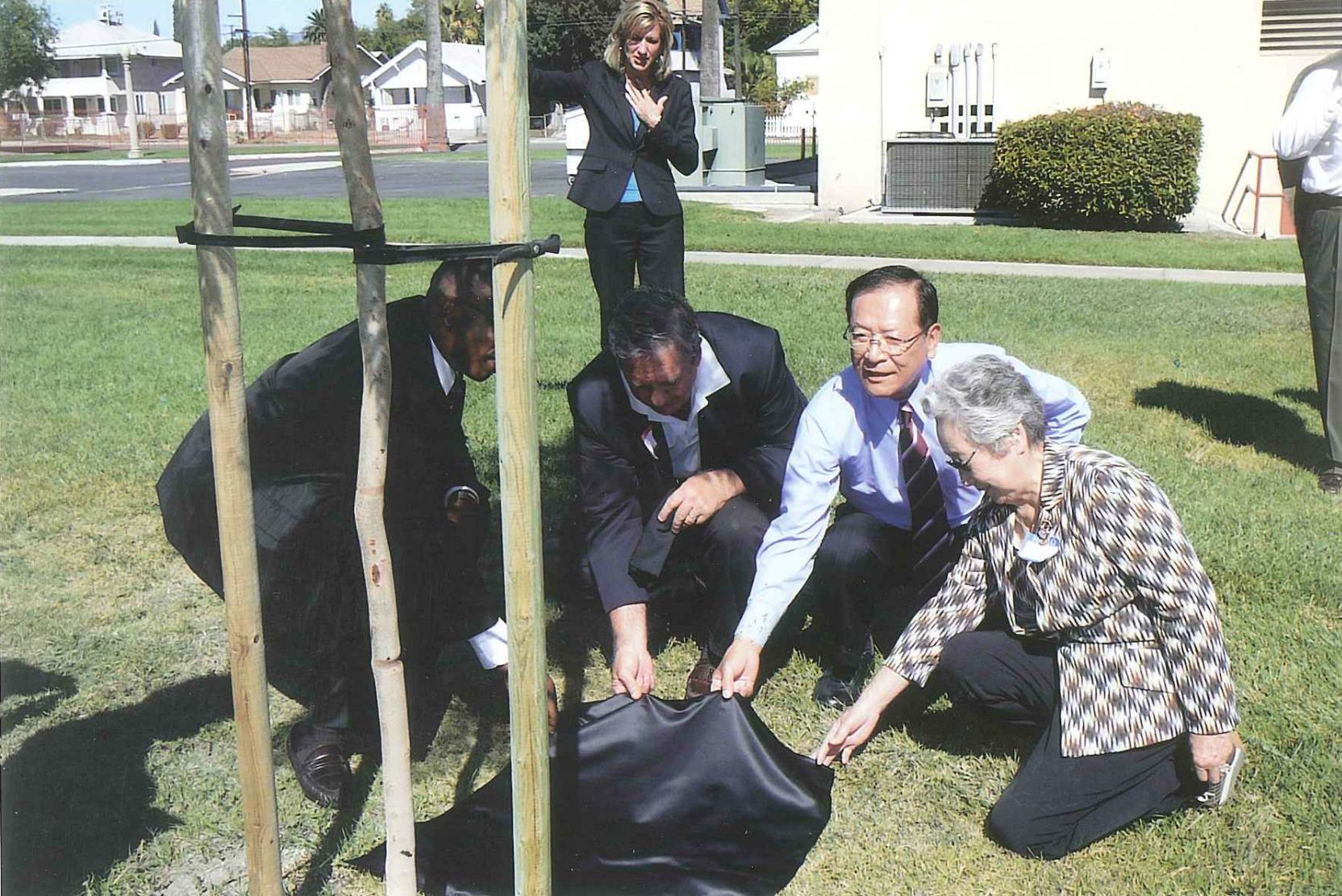 Mayor Shumizu of Tachikawa, Japan, Mrs. Keiko Sawatori and committee members from Japan at the 50th Anniversary Dedication of several Jacaranda Trees in 2010.