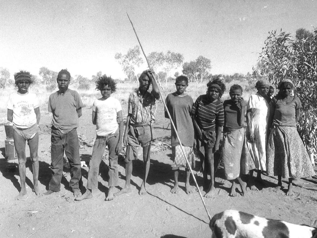 The clan who became known as the Pintupi nine.