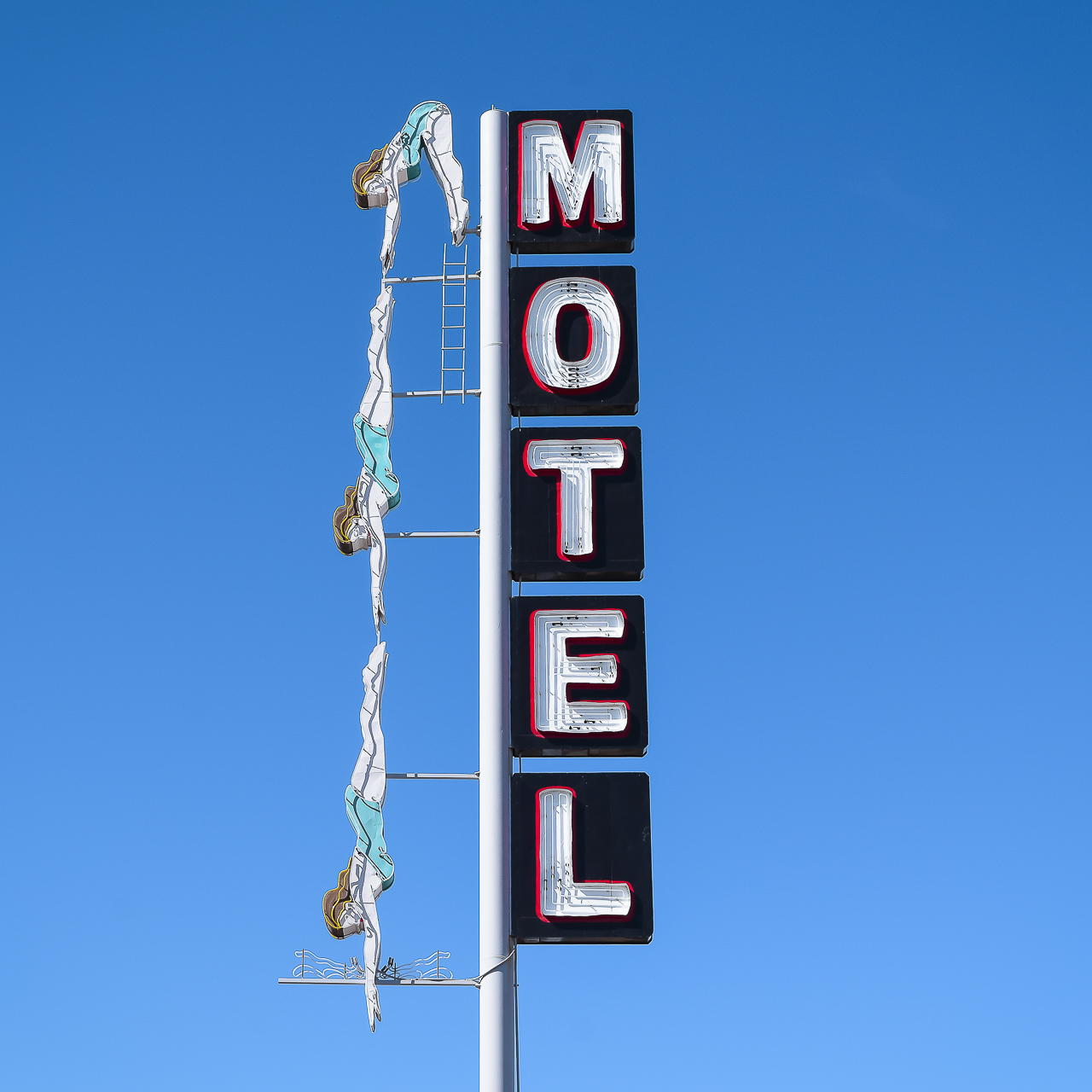 Diving Lady Motel, 2016.