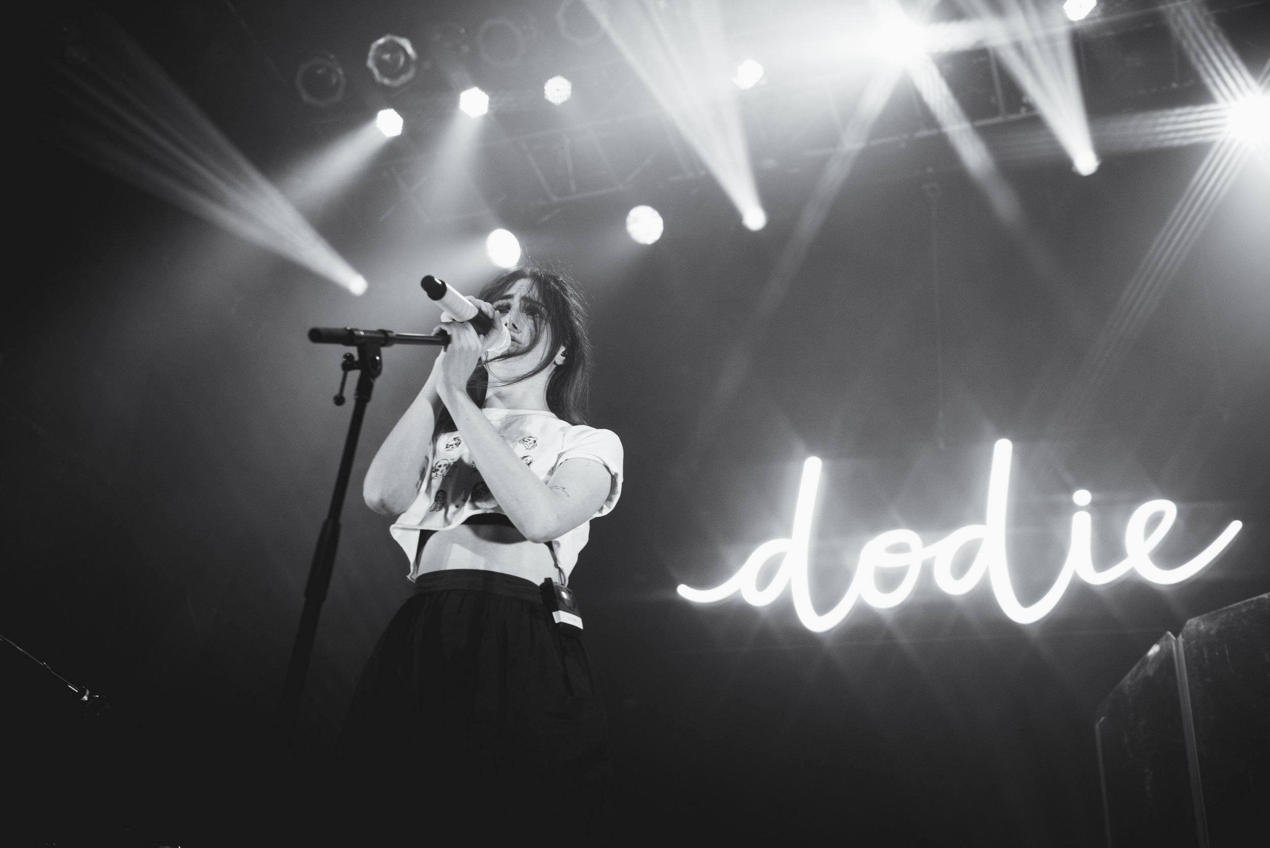 Dodie-12.jpg