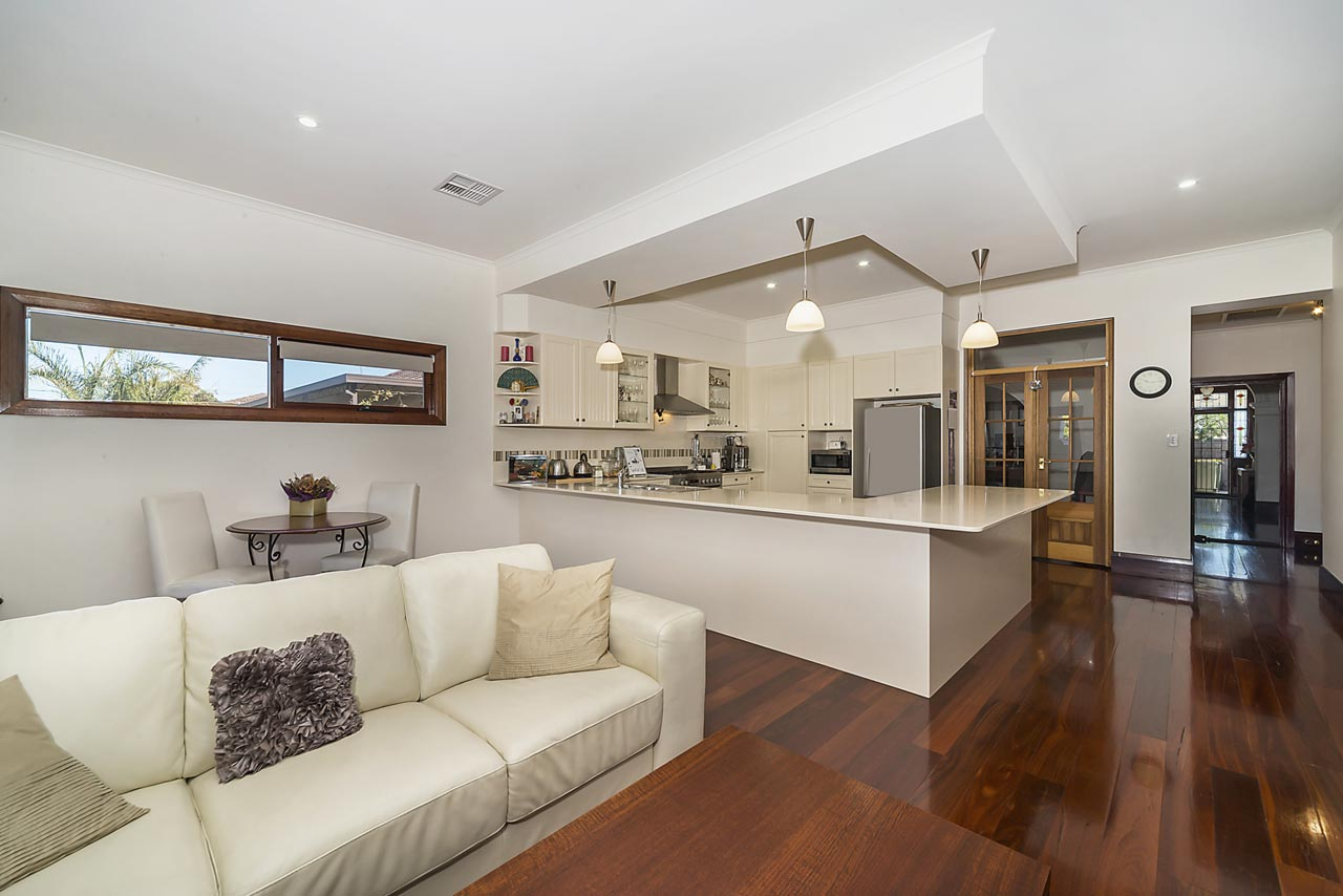 001_Open2view_ID351403-98_Strathfield_tce_Largs_North.jpg