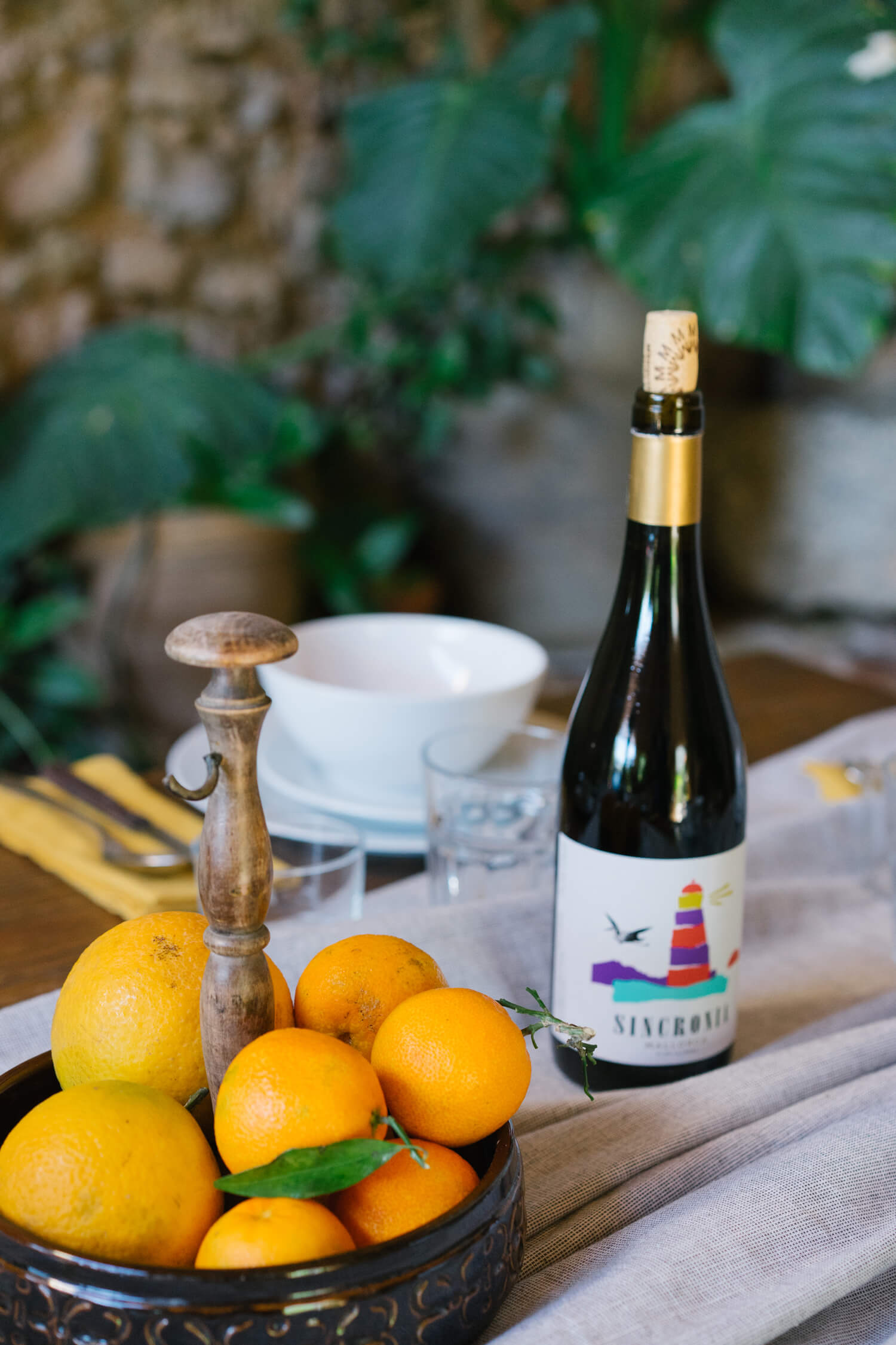 SINCRONIA NEGRE, the perfect nip to start getting familiar with the Mediterranean nature.