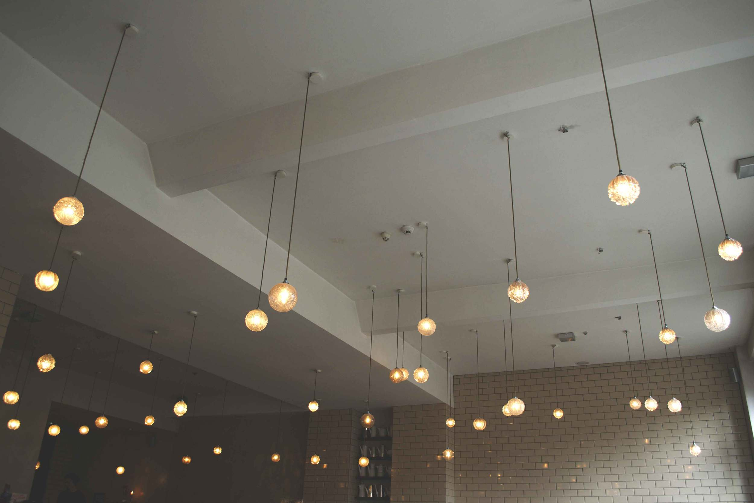 Michel-Berger-Hotel-lights