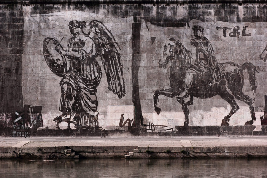 11-TriumphsandLaments-Artwork-William-Kentridge-Rome-Purple-Home-News.jpg
