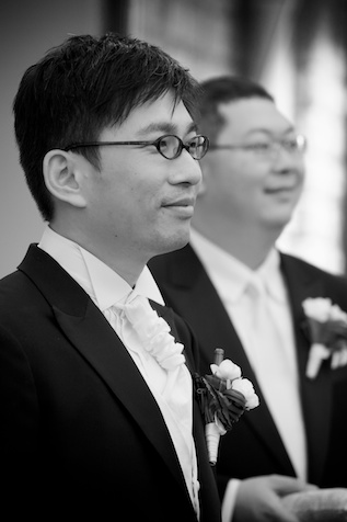 Hong Kong groom waits for his bride