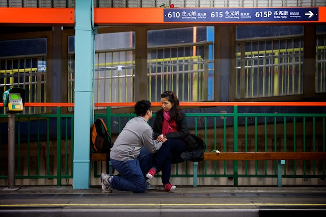 Hong Kong marriage proposal one knee