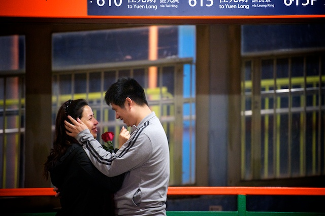 HK wedding proposal red rose
