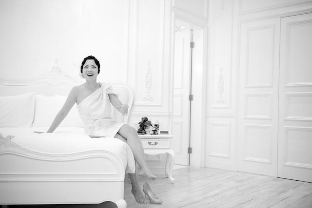 Hong Kong wedding bride bedroom black and white hullett house