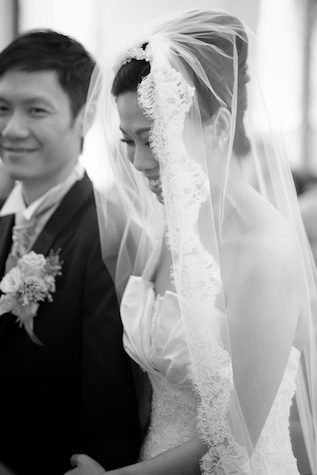 Hong-Kong-wedding-union-church-bride-smiling-groom-alter-black-and-white