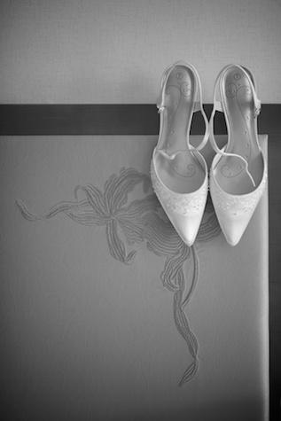 Hong Kong Wedding bride wedding shoes black and white