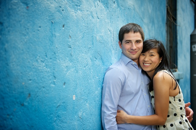 Hong-Kong-Engagement-Session-Outdoor-Blue-Wall-Bride-and-Groom-Leaning-In