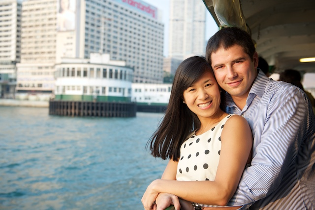 Hong-Kong-Engagement-Session-Outdoor-Star-Ferry-Central-Bride-and-Groom-Portrait
