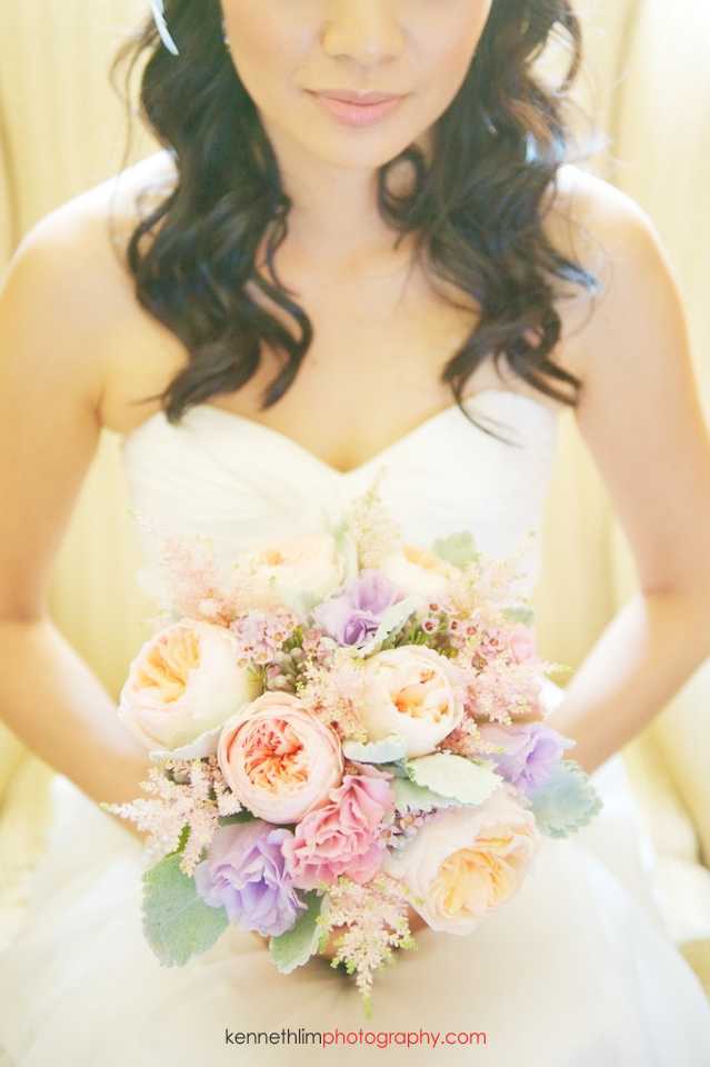 New York wedding outdoor bride holding bridal flowers