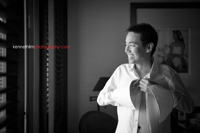Kona Hawaii US Wedding outdoor groom getting ready smiling