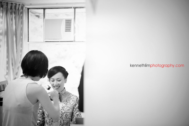 Hong Kong The Verandah wedding morning bride getting ready mirror reflection