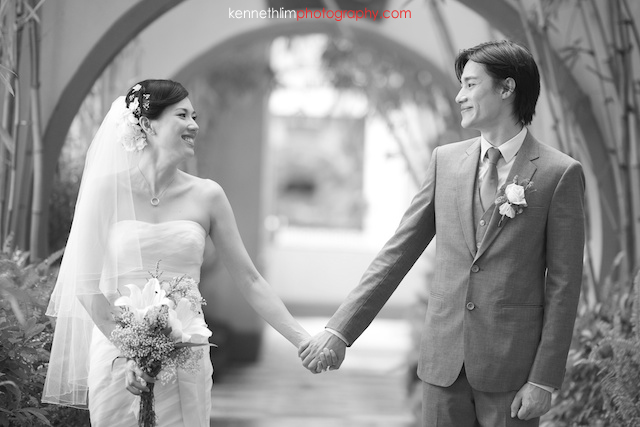 Hong Kong The Verandah wedding outdoor bride groom portrait session holding hands