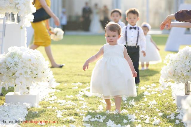 Koh Samui wedding YL Residence babies walking down aisle
