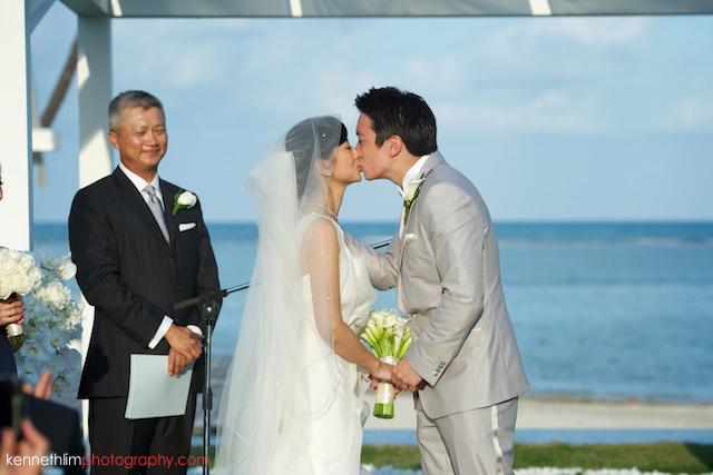 Koh Samui wedding YL Residence bride and groom first kiss