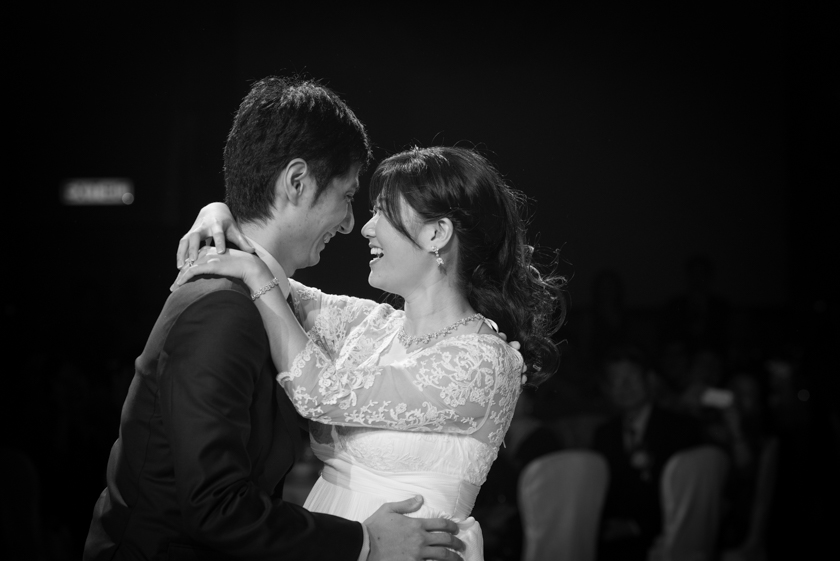 Hong Kong Wedding Photography Four Seasons banquet bride and groom first dance
