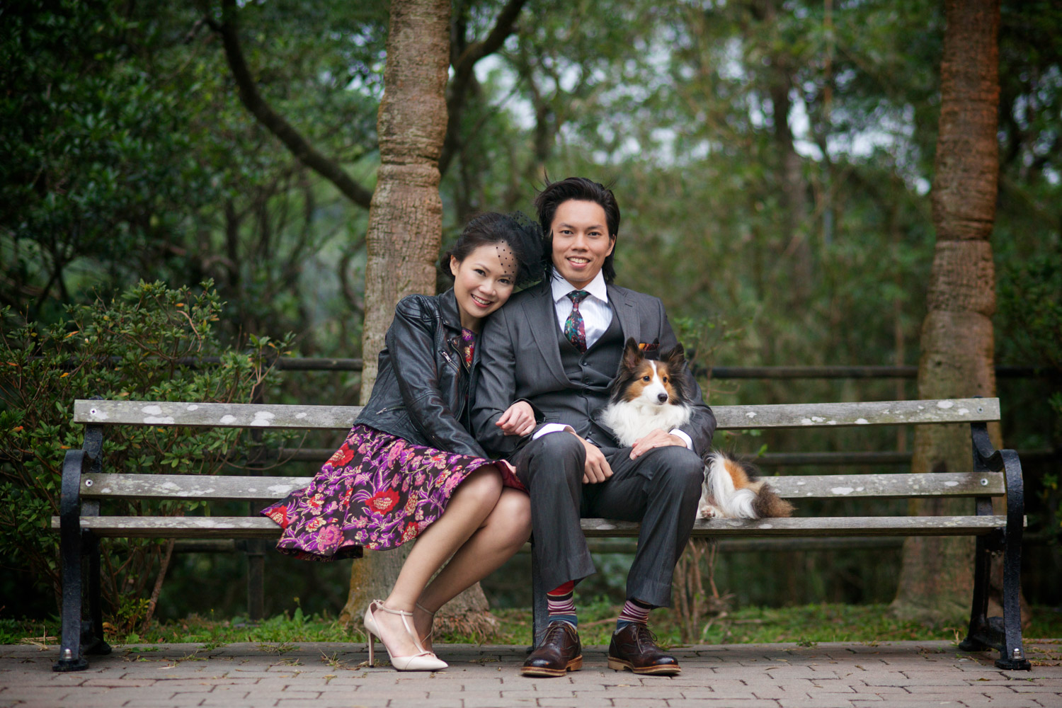 hong-kong-pre-wedding-engagement-photographer-couple-sitting-on-bench-victoria-peak-gardens.jpg