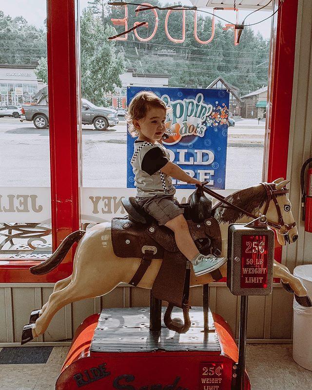 Yeehaw🐴 #toddlerlife #sodashop #vintage