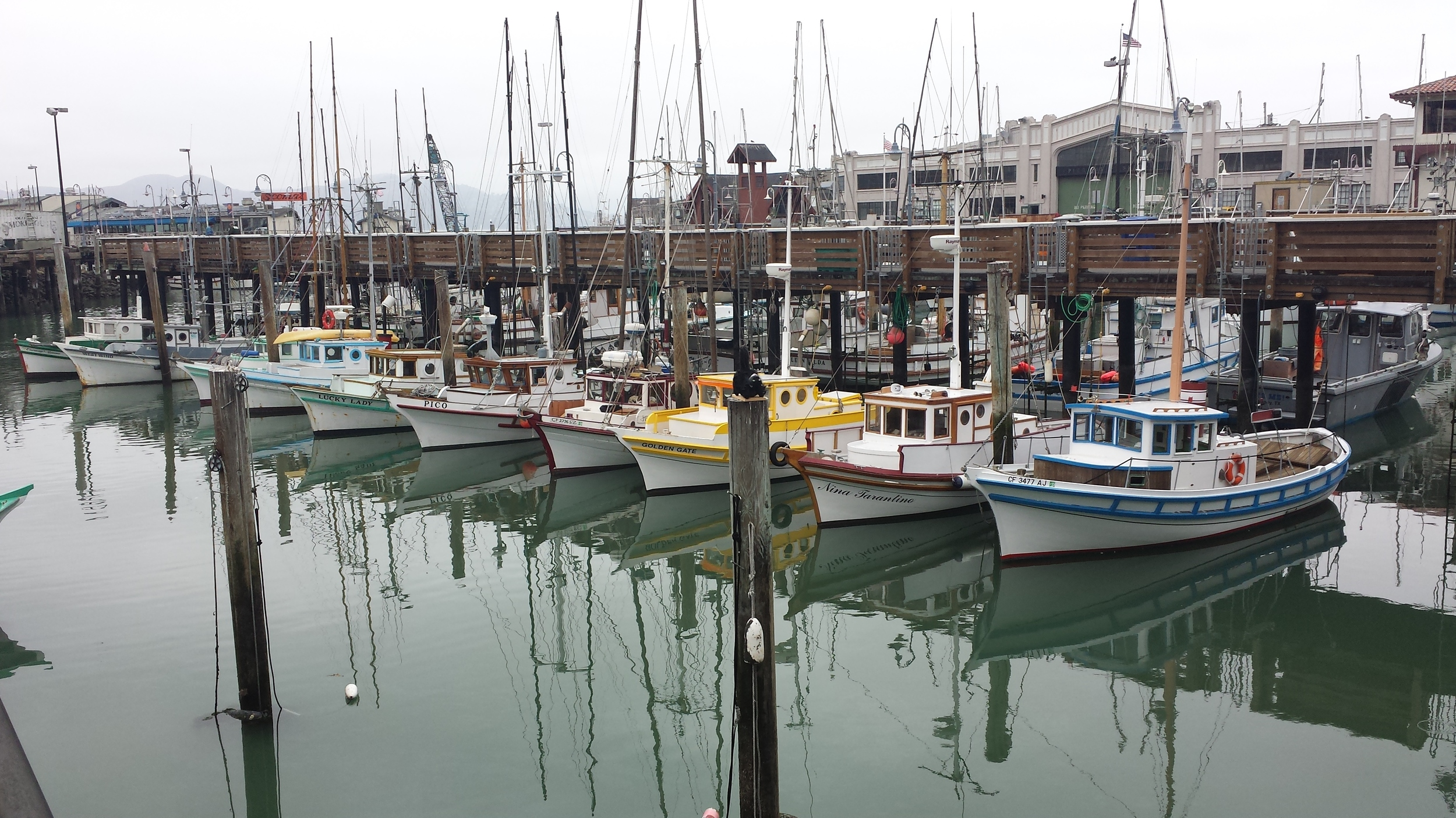 colorful-boats-san-fransisco
