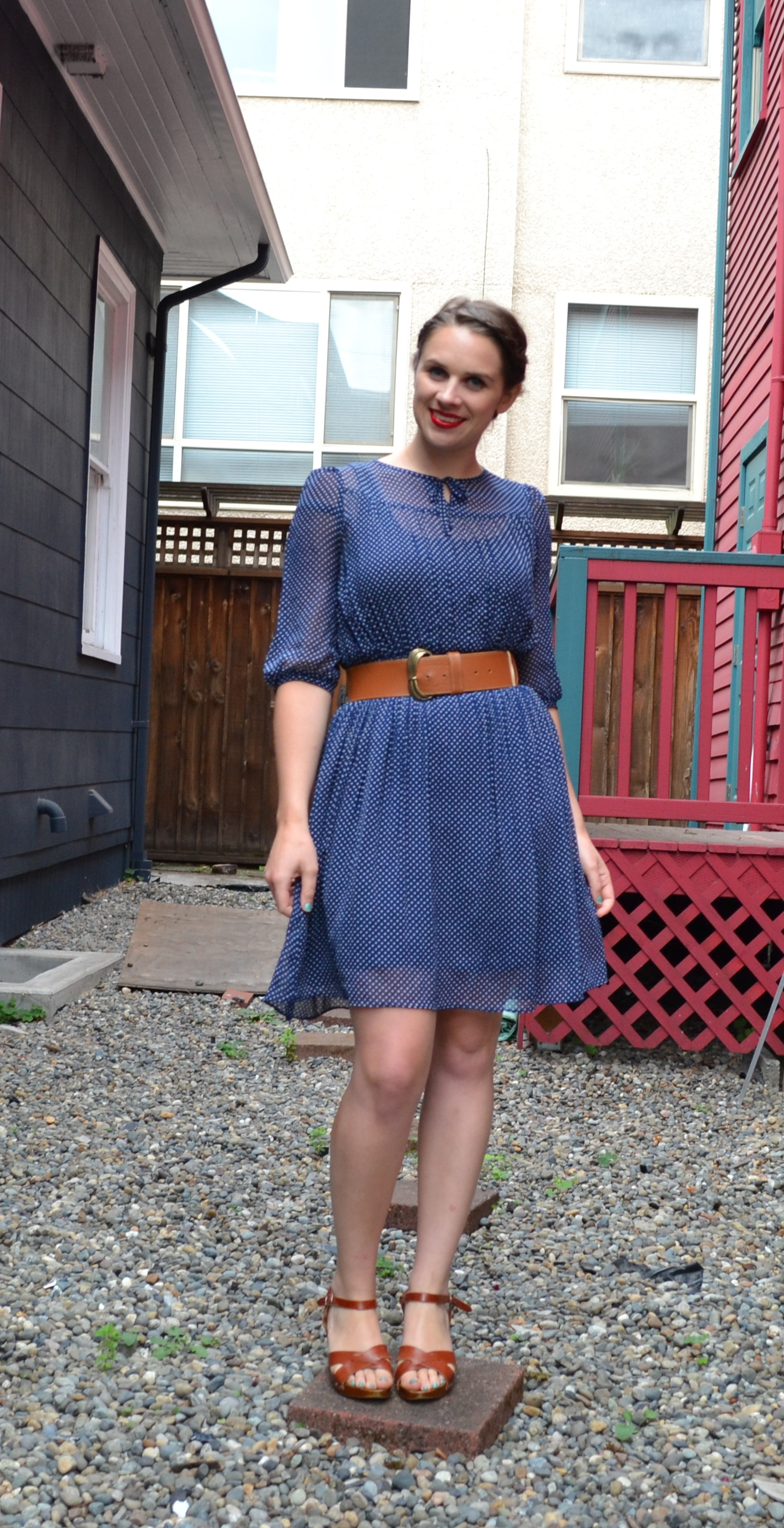blue-polka-dot-dress-tan-belt