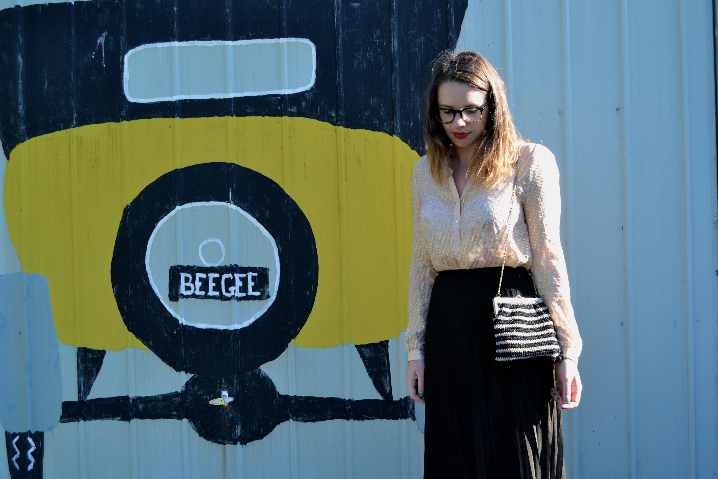 zara-gold-blouse-gold-black-striped-purse-sportgirl-black-midi-skirt